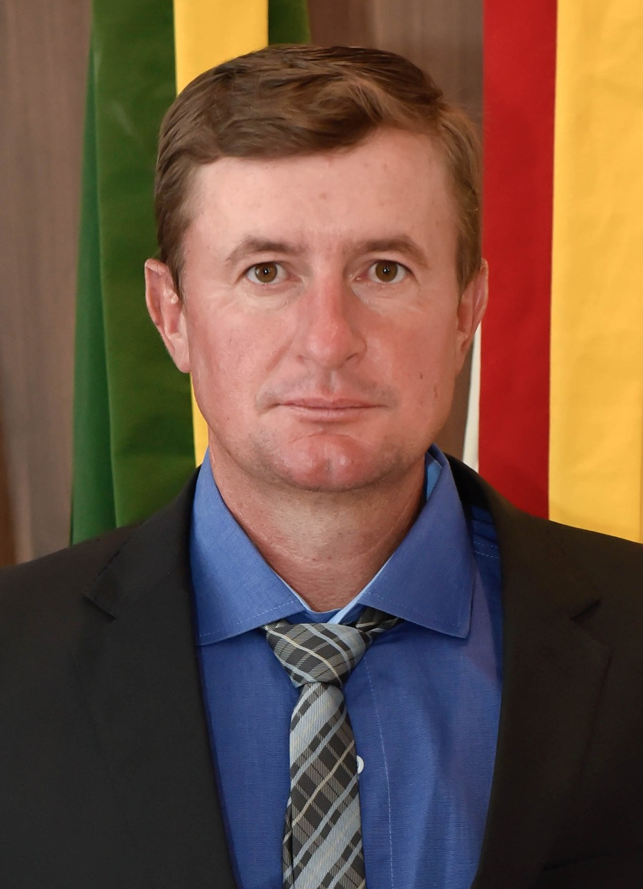 Leston Manske
