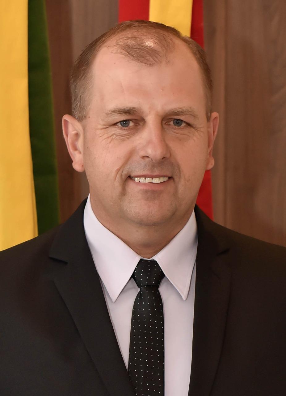 Leston Manske1